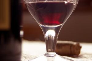 乾杯!原來紅酒對你的姆趾外翻是有好處(英翻中文章分享僅供參考)