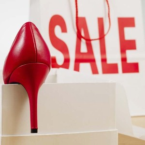 那些便宜的鞋子可能讓你荷包不會大失血、但會讓你以姆趾外翻的額外代價付出(英翻中文章分享僅供參考)